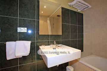 Habitación 205. Hotel Plaza La Abadía