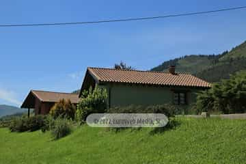 Exteriores. Casa rural El Nogal