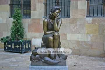 Escultura «La pescadera»