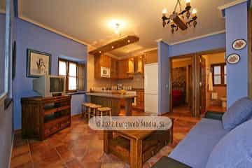 Apartamento «Bajo». Apartamentos rurales La Caleya