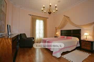 Habitación La Traviata. Hotel Apartamentos Quinta La Espadaña