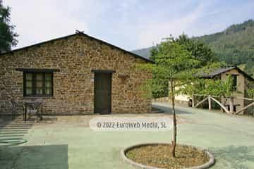 Salón cocina. Casa rural El Avellano