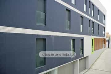 Edificio de viviendas «Mar de Tor» en la avenida de la Paz de Llanes