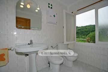 Baño. Vivienda vacacional La Pontiga