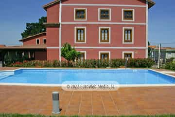 Piscina. Hotel rural Casa Vitorio
