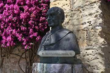 Escultura «Cardenal Inguanzo»