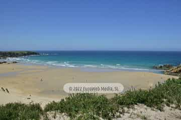 Playa Peñarronda (Tapia de Casariego). Monumento Natural Playa de Penarronda en Tapia