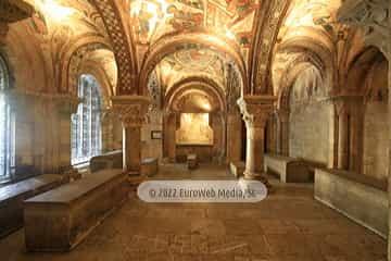 Panteón de los Reyes de León